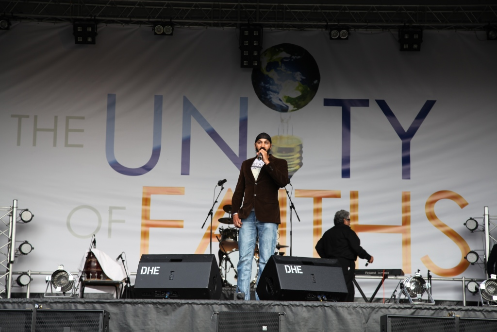 England Cricketer and Youth Icon Monty Panesar Pledges His Support for The Unity of Faiths Foundation